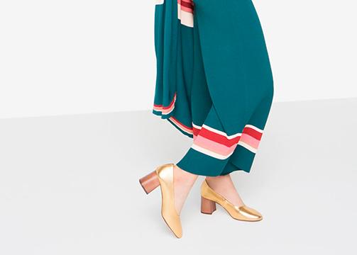 zapato de tacón bajo