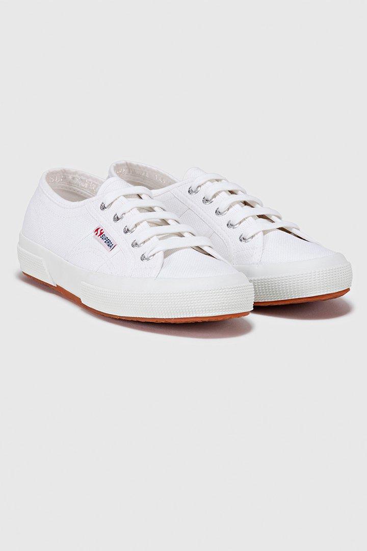 zapatillas blancas de superga