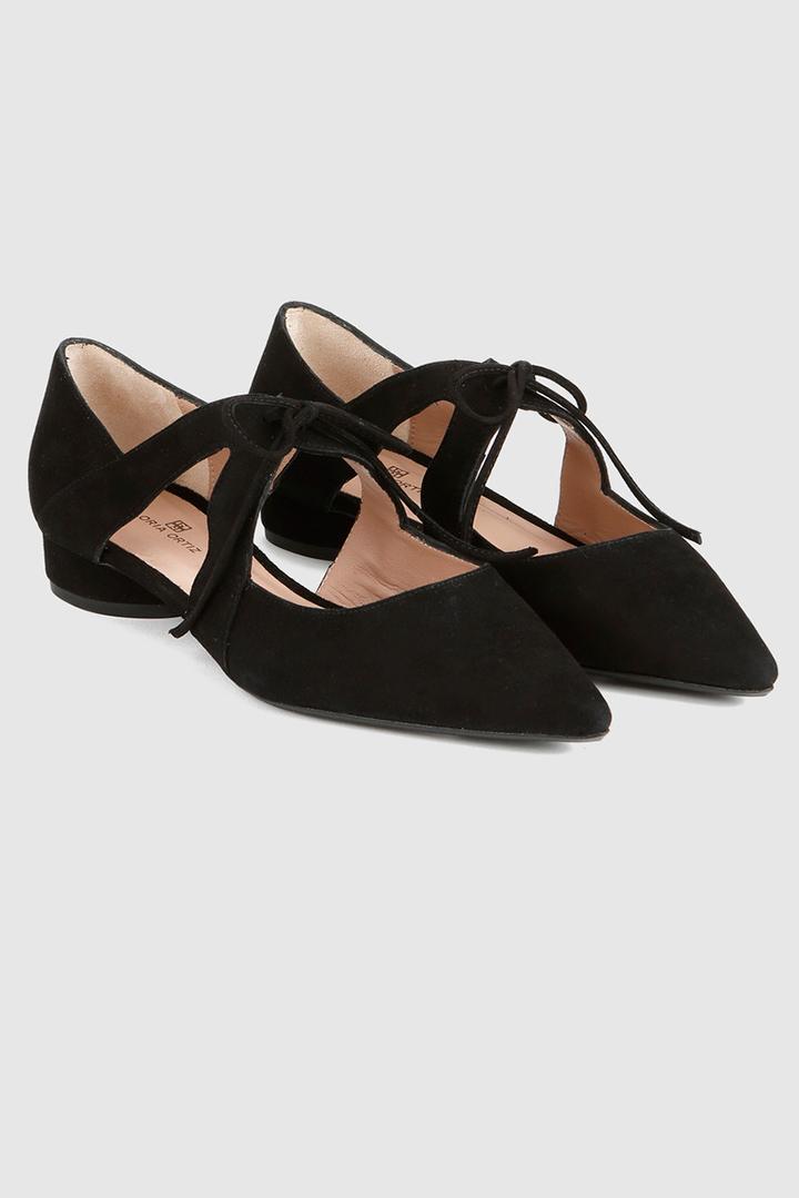 zapatos planos negros con cordones de El Corte Inglés