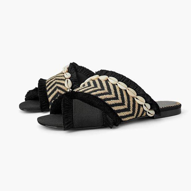 Sandalias planas con detalle de conchas de Zara Primavera 2019
