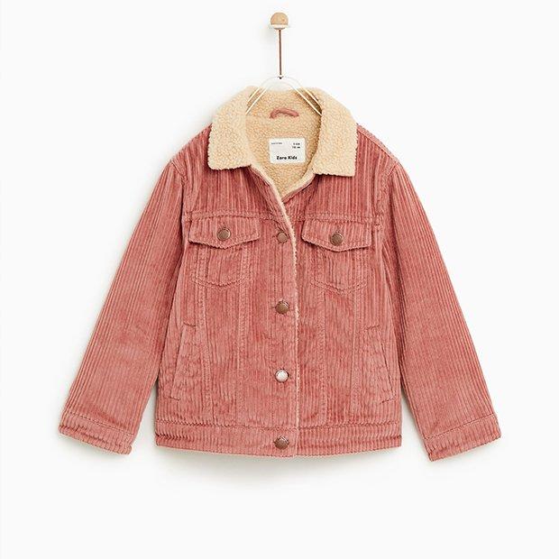 Cazadora de pana rosa de Zara kids