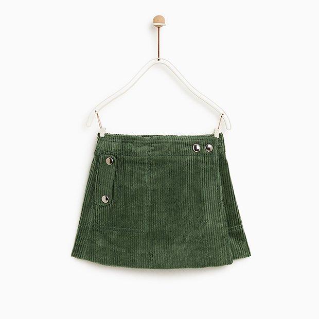 Falda verde de pana