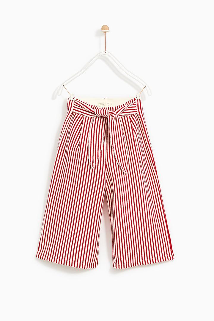 854a1abff Culottes de rayas rojas para niña. camisa denim de Zara Kids Primavera 2018