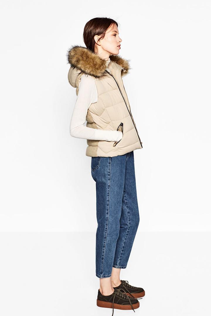 chaleco con capucha acolchado en zara otoño invierno