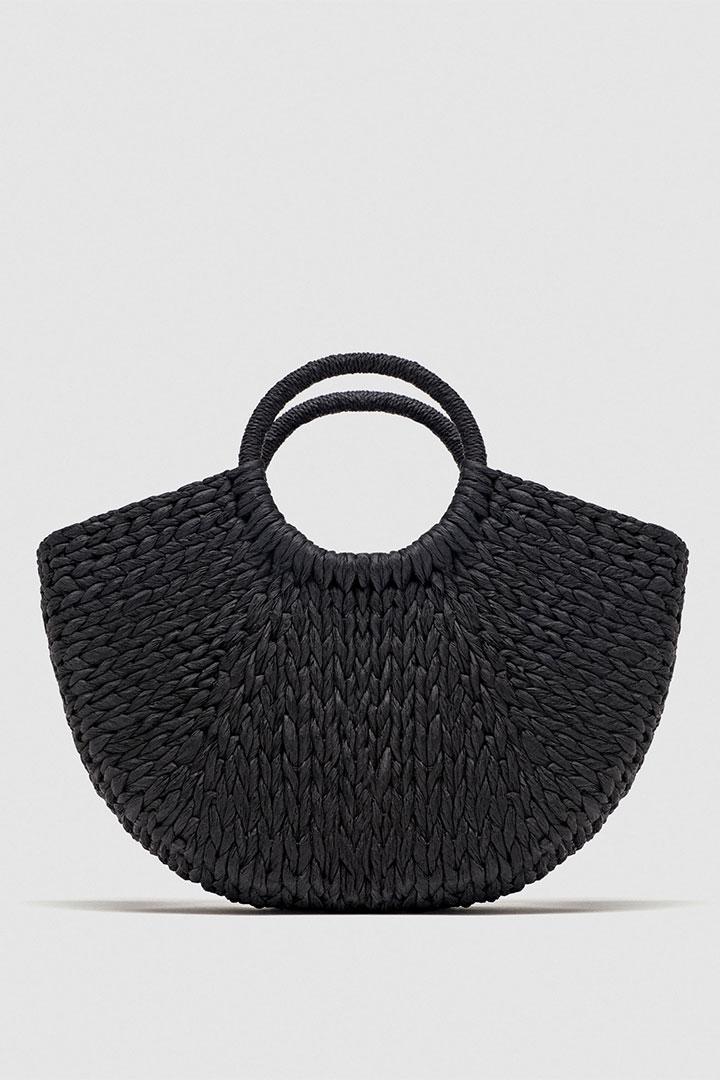 Bolso de paja negro de Zara Otoño Invierno 2018