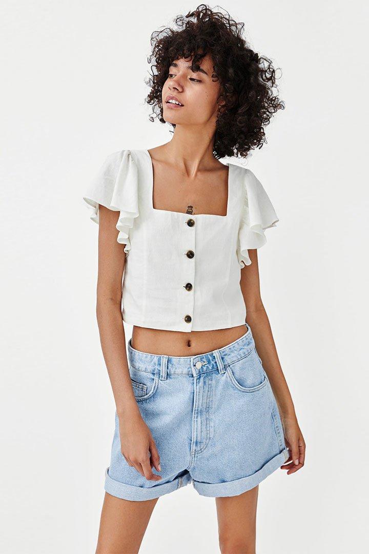 Camisa blanca corta de Zara Otoño Invierno 2018