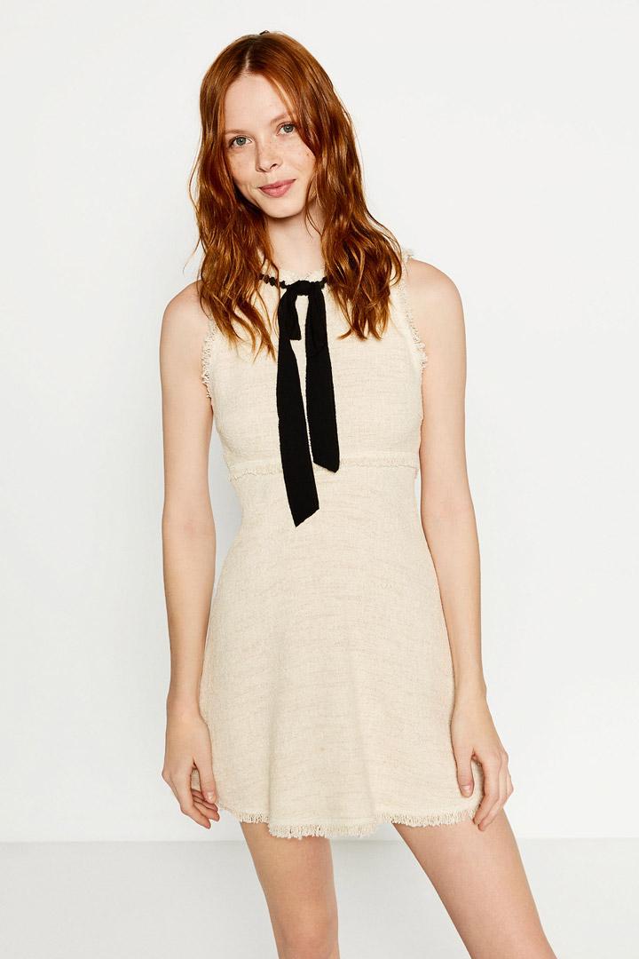 Vestido blanco lazo zara