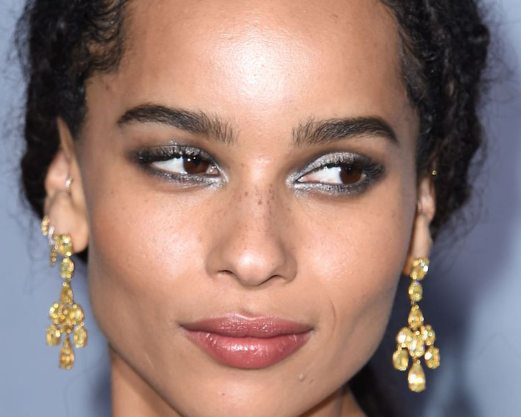 yves_Saint_laurent-estilo_beauty-zoe_kravitz-maquillaje