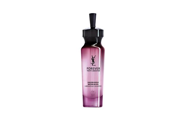 Un sérum hidratante de YSL es uno de los imprescindibles de verano