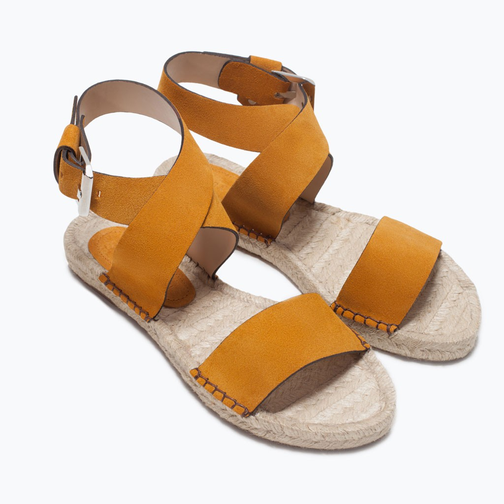 sandalia  plana de piel de yute
