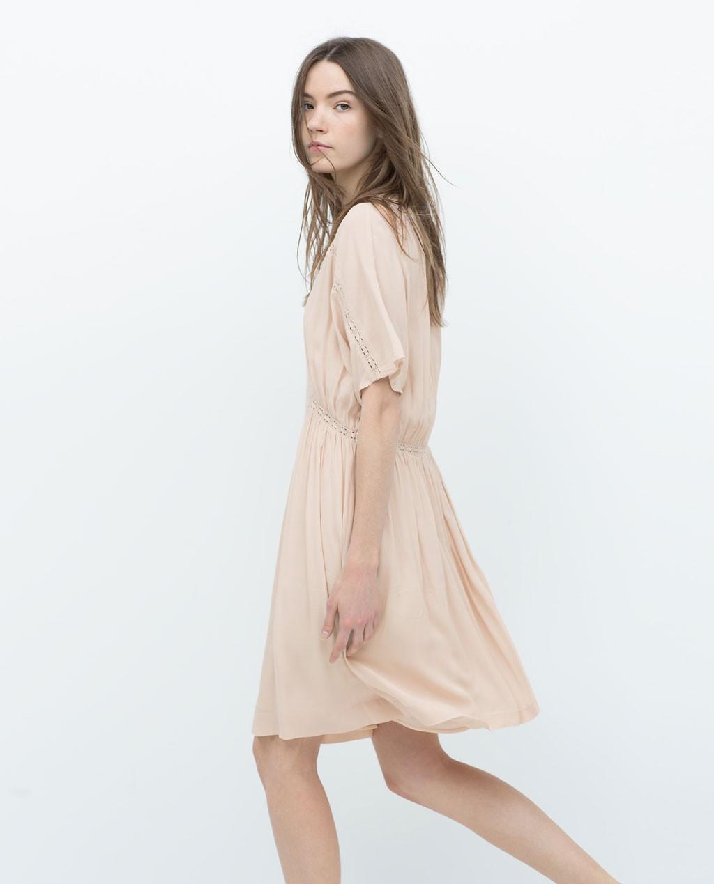vestido corto nude zara