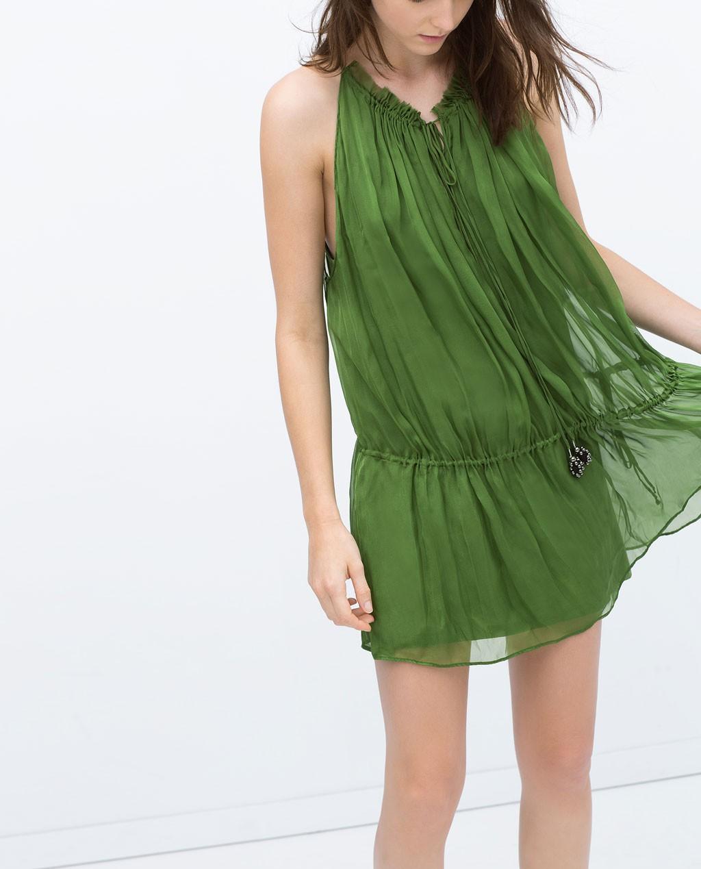 vestido corto de zara verde