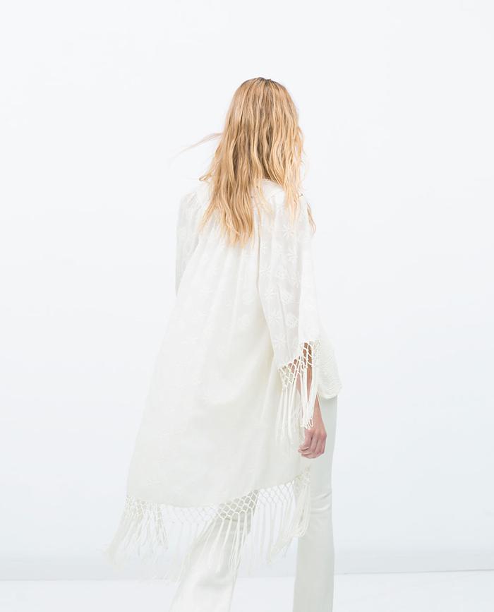 Kimono blanco flecos zara